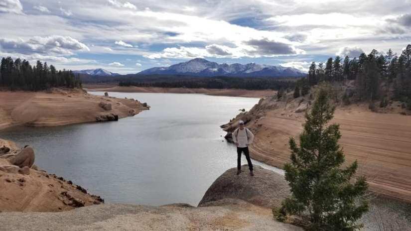 Peakview Cabin Pikes Peak Mountain Getaway - Hike around Rampart Reservoir